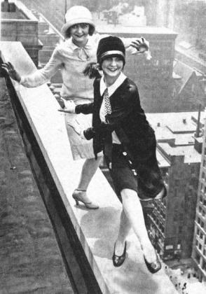2flappers-dance-on-a-ledge